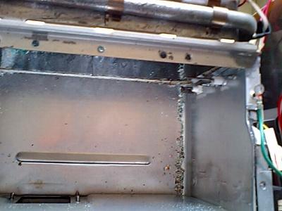 瞬間湯沸器の燃焼室
