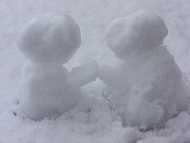 snow_persons_shake.jpg