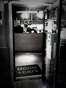 NOON CAFE 1127